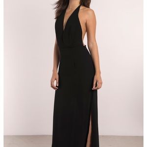 Tobi Plunging Neck & T-Back Maxi Dress